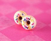 Donut earrings - Food Earrings - Vanilla Frosted hypoallergenic (Surgical Steel)