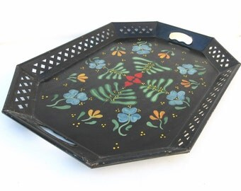 Vintage Metal Serving Tray   Toleware Tray   Metal Platter   Tole Platter   Large Decorative Tray - As Is