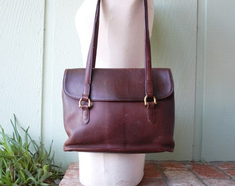 Vintage Coach Rustic Brown Quality Leather Classic Authentic Shoulder Bag Purse Handbag Tote Bag Brass Boho Hobo Hipster Fall Autumn Fashion