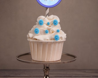 Boy Baptism cupcake toppers, Christening Cupcake Toppers, Baptism favors, Baptism Boy  party, Christening party.