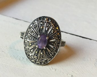 SALE ~ Vintage Sterling Silver Amethyst & Marcasite Ring. Cocktail Ring. Art Deco Ring. Amethyst Ring. February Birthstone Ring - Size 8.5
