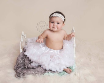 Pettiskirt- white Tutu- white Pettiskirt- white pettiskirt- Newborn Photo  Prop - infant