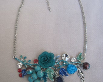 Shades of Turquoise Flowers, Beads and Berry Necklace