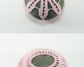 Crochet stone, crochet rock, flower, beach wedding, ring bearer pillow, pink rose quartz thread, bowl element, paperweight, mothers day
