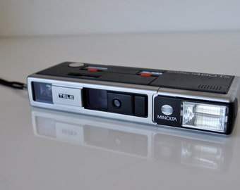Minolta Camera Pocket Autopak 460Tx