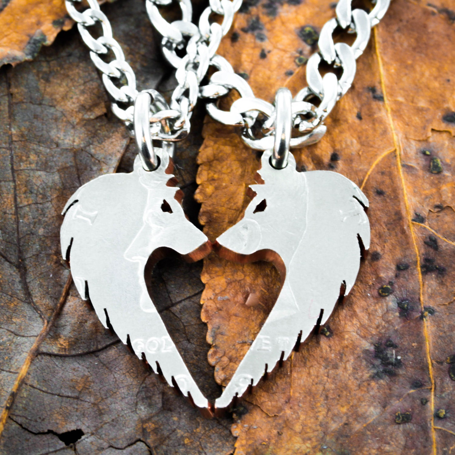 Wolf Necklace Set Wolves making Heart Relationship Jewelry