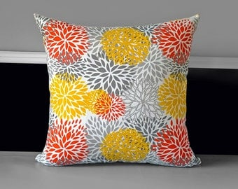 "Pillow Cover - Blooms Citrus 20"" x 20"""