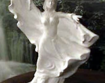 Awesome,Sorceress, Casting Witch,Fantasy Art,Gothic figurine,Renaissance, Statue,Ready to paint,u-paint,Female Wizard,Ceramic Bisque,u-paint