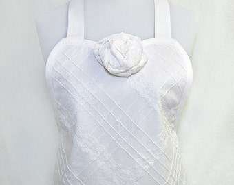 Apron White BRIDAL Couture, LACE & Pintucks, ROMANTIC Wedding, Heirloom, Hostess Pretty Party Shower Gift