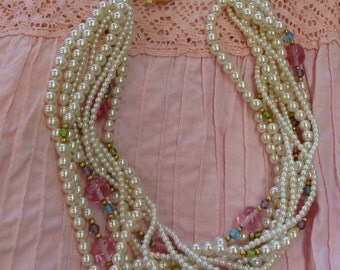 1980's MULTI STRAND pearly NECKLACE choker short statement