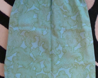 gorgeous colors AQUA and GREEN straight SKIRT crepe paisley 1960's S xs