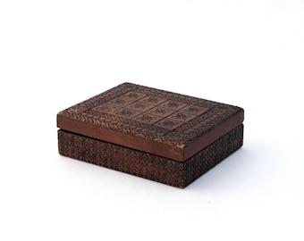 Vintage Jewelry Box, Treasury box 70s, Hand made box, Wood Jewelry Box, Folk Style, Trinket box, Folk Art, Wooden Keepsake box
