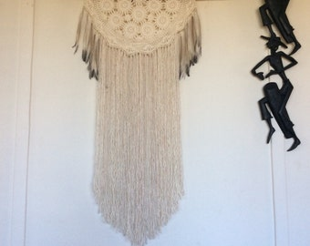 Dreamcatcher Wall Hanging, Vintage Doily Dream Catcher, Boho Decor, Wall Art, Wedding Decor, Macrame Curtain,Nursery Room, Baby Shower