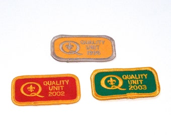 Quality Unit Embroidered patch Choose Year Color Q Logo sew on patch Cub Scout Boys Scouts Sewing Notion 1990s 2000s