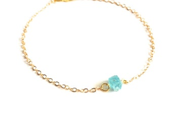 Apatite Bracelet, Raw Crystal Bracelet, Minimal Bracelet, Everyday Bracelet, Thin Bracelet, Dainty Gold Bracelet, Simple Gold Bracelet