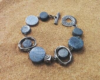 Blue coral bracelet, boho bracelet, boho jewelry, coral jewelry, pulsera con coral azul, coral Akori
