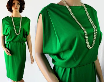 60s Mamselle Green Wiggle Dress Party Cocktail Holiday Betty Carol