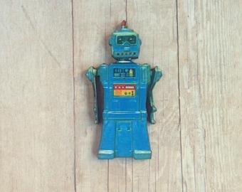 Robot Brooch Retro Pin