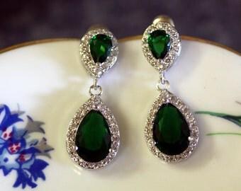 Emerald Green CZ Bridal Earrings, Wedding Jewelry ,Swarovski Crystal,  chandelier ,Drop earrings, kim kardashian , Cubic Zirconia,Statement