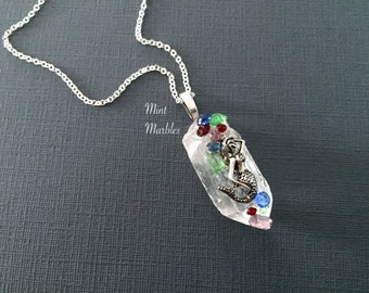 Quartz Crystal Mermaid Necklace. Silver. Glass Stones. Blue. Green. Beach. Ocean. Nautical. Fantasy. Healing. Power Stone. Boho. Arrow.