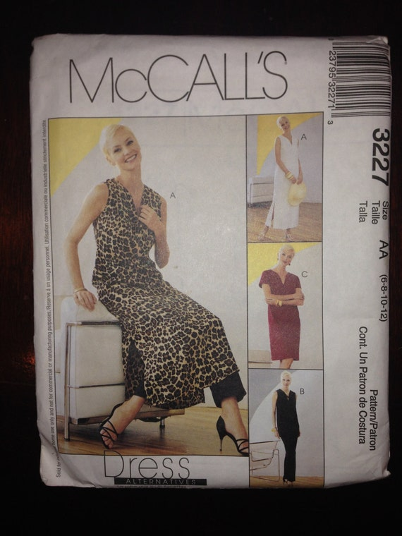 Misses and Misses Petite Dress in Two Lengths, Top and Pants McCalls Sewing Pattern 3227 Size 6, 8, 10, 12 Uncut