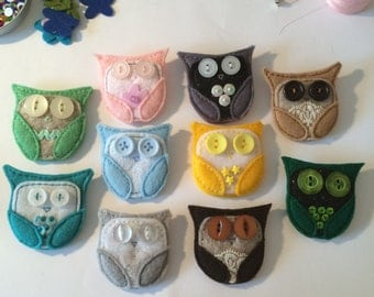 Custom Felt Owl Brooch - your choice of colour - Owl Brooch