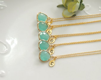 Bridesmaid gifts - Set of 7, 8, 9- Leaf initial, Mint crystal pendant necklace, stone in bezel, Initial necklace