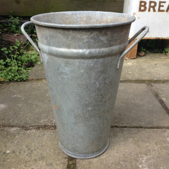 Flower bucket galvanised metal plant container cut flower for Metal bucket planter