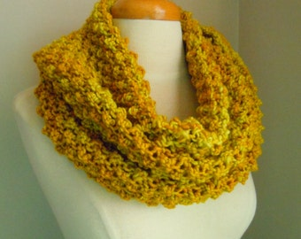 Merino wool long cowl - Yellow