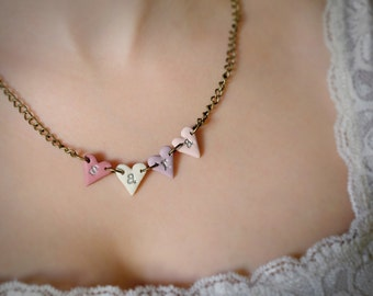 Custom Vintage Heart Name Necklace