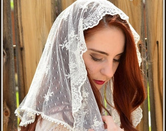 Catholic Chapel Veil LM14 - Ivory Mantilla Chapel Veil Headcovering in Embroidered Lace on Point d'Esprit