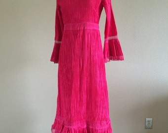 60s Hot Fushia Pink Pinch Pleated Cotton Mexican Peasant Hostess Dress