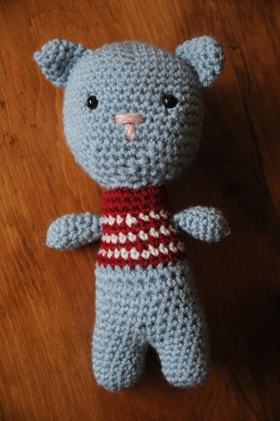 Amigurumi gray cat