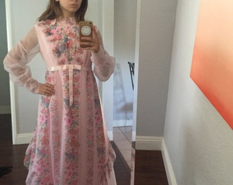 1970's Pink Floral Long Sleeve Dress