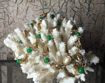 Vintage Faux Green Jade Glass and Gold Toned Necklace
