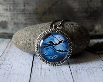 """1"""" Round Glass Pendant Necklace or Key Chain - Spooky Bats"""