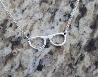 Eye Glasses necklace in Antique Silver