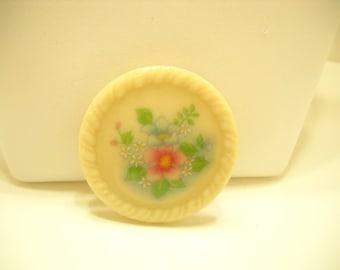 Vintage Avon Ceramic Floral Brooch (6657/2367)