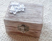 Wedding Ring Box , Wedding Ring Holder, Ring Bearer Box , Shabby Chic Wedding Decor , Ring Pillow, Ring Bearer box