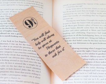 Hogwarts - Harry Potter - Art - Wood Bookmark