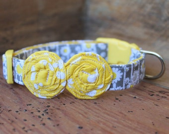 Flower Dog Collar - Grey/Yellow Daisy Print with Yellow Flowers