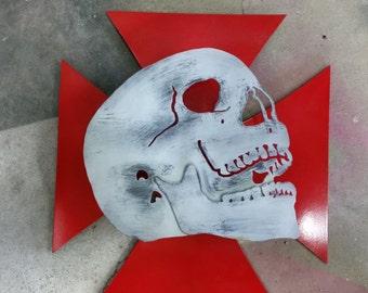 Metal Skull and Cross Wall Decor