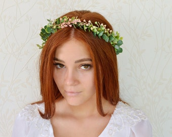 Flower crown, Woodland wreath, Floral halo, Bridal headpiece, Rustic wedding hair accessories, Wedding headpiece, Peach green wreath, Berry