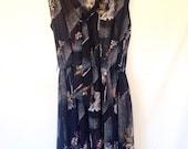 plus size black dress black and white floral dress 1980s VTG 80s XL plus size clothing sleeveless black dress size 16 dress with pussybow