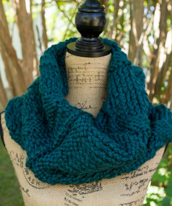 TEAL IN STOCK - Ready to Ship! / Large Thick Knit Cowl