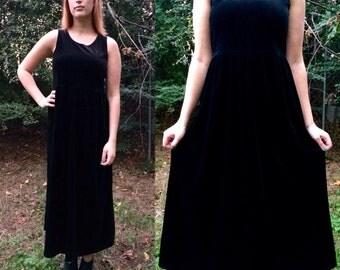 90s Maxi Velvet Dress / Witchy Black Velvet Dress / Goth / Little Black Dress / Bohemian