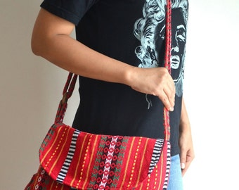 Hippie Messenger Bag Handbags Nepali Woven Bag Crossbody Bag Camera Bag Boho Bag Cotton Shoulder Bag Tribal Purse Ethnic Bag, Red Chilli