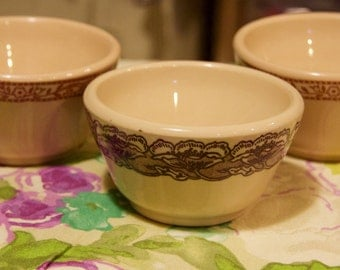 Wallace China Desert Ware 3 custard or snack cups in very good condition