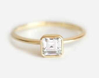 Solitaire Diamond Ring, Asscher Diamond Ring, Asscher Cut Ring, Asscher cut engagement ring, Modern Diamond Ring, 18k Gold Diamond Ring