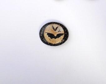 Bat magnet, One, Painted Rock, home decor, Painted stones, halloween magnet, halloween decor, fridge magnet